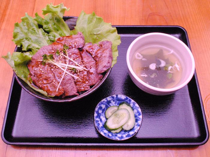 牛肩ロース丼201510